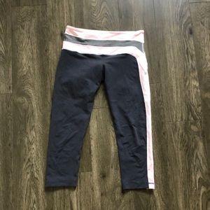 Lululemon gray/pink crop leggings size 6